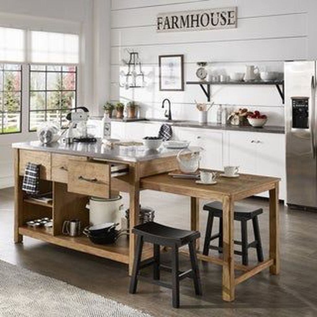 Stunning Farmhouse Kitchen Island Design Ideas 20