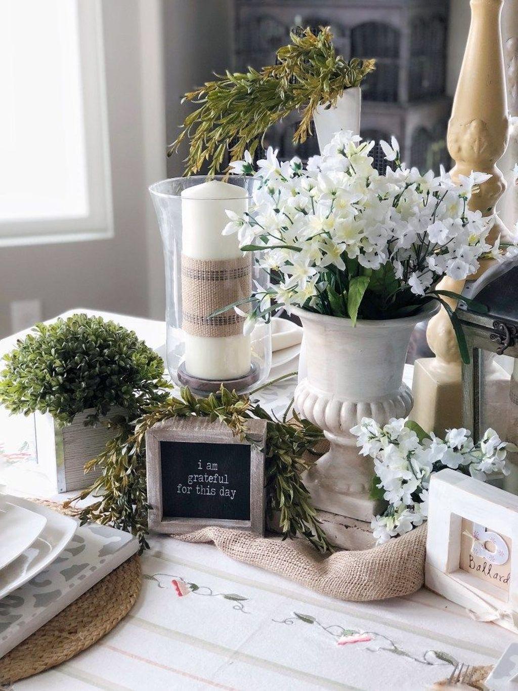 The Best Farmhouse Style Spring Tablescape Decor Ideas 30