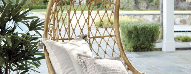Outdoor Hanging Chair With Stand