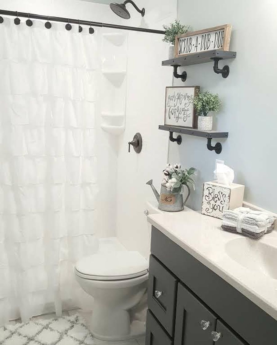 Rustic farmhouse style bathroom design ideas 13 - Hoommy.com on Farmhouse Bathroom Ideas  id=89973