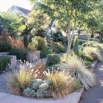 Texas Style Front Yard Landscaping Ideas 26