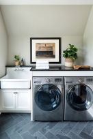 Inspiring Laundry Room Design Ideas 29