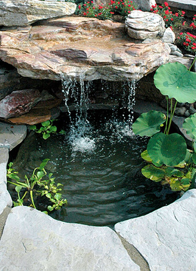 Make a mini waterfall in the garden 3 - Hoommy.com on Small Pond Waterfall Ideas id=37458