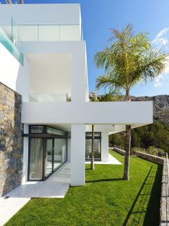 Cliff House Architecture Design and Concept 65