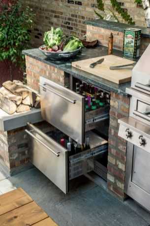 Awesome Yard and Outdoor Kitchen Design Ideas 28