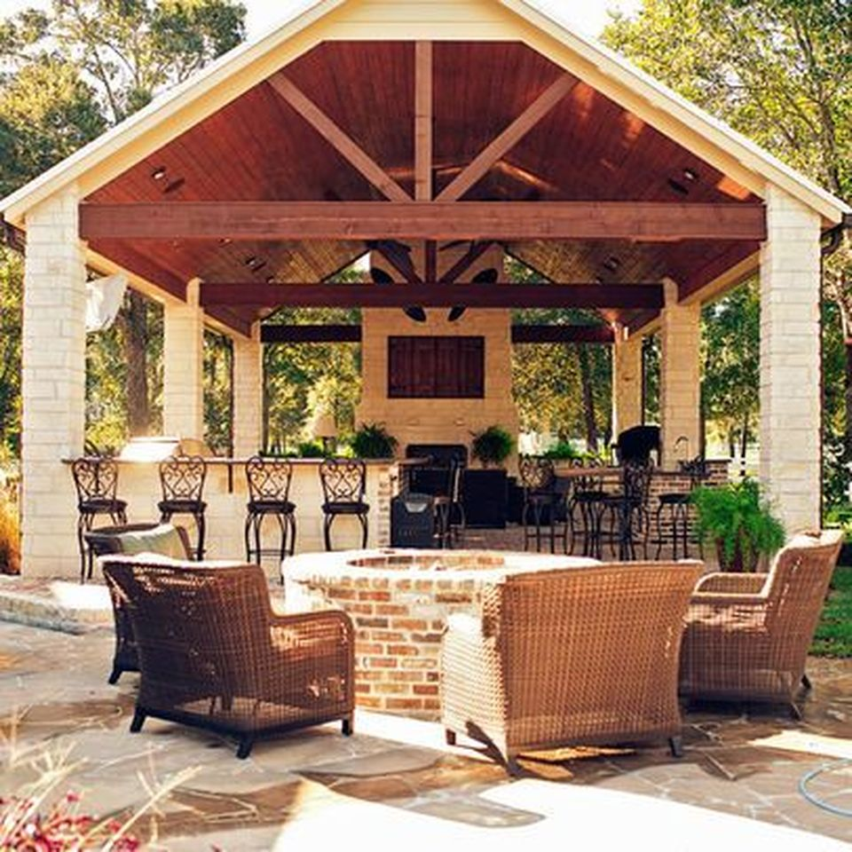 Awesome Yard And Outdoor Kitchen Design Ideas 38