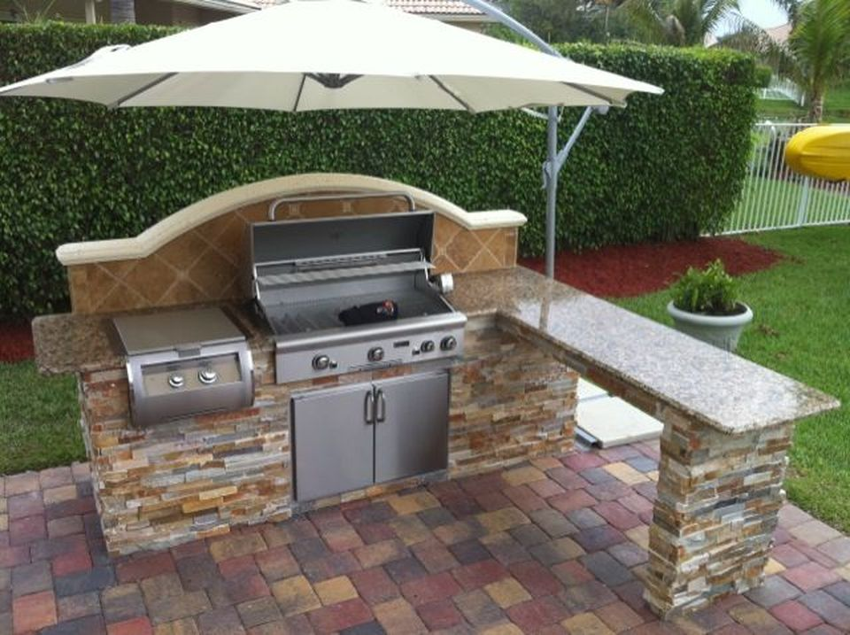 Awesome Yard and Outdoor Kitchen Design Ideas 2