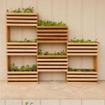 Inspiring Vertical Garden Ideas for Small Space 17