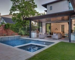 Awesome Small Pool Design for Home Backyard 15