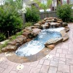 Awesome Small Pool Design for Home Backyard 66