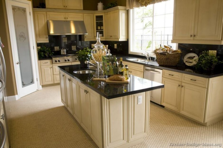 Elegant Kitchen Light Cabinets with Dark Countertops 1