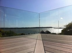 50 Incredible Glass Railing Design for Home Blacony 6