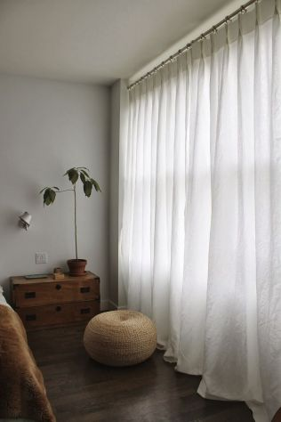 Beauty and Elegant White Curtain for Bedroom and Living Room 5
