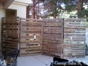 Cool Privacy Fence Wooden Design for Backyard 17