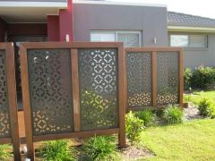 Cool Privacy Fence Wooden Design for Backyard 30