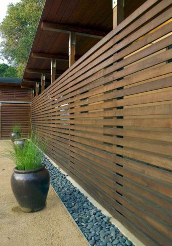 Cool Privacy Fence Wooden Design for Backyard 38