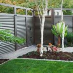 Cool Privacy Fence Wooden Design for Backyard 50