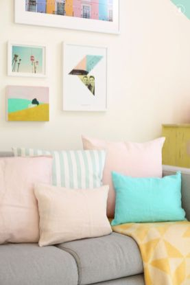 Cozy and Colorful Pastel Living Room Interior Style 30