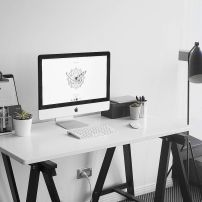 Inspiring Simple Work Desk Decorations and Setup 2