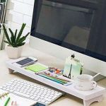 Inspiring Simple Work Desk Decorations and Setup 33