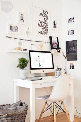 Inspiring Simple Work Desk Decorations and Setup 59
