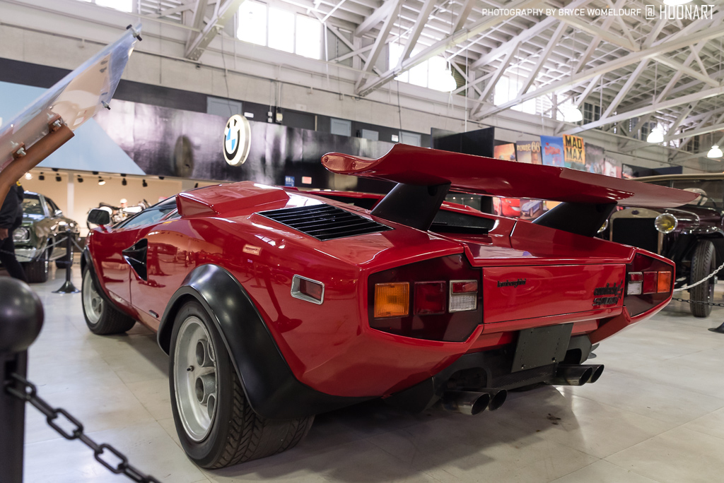 Lamborghini Countach Walter Wolf (front 3/4 view)