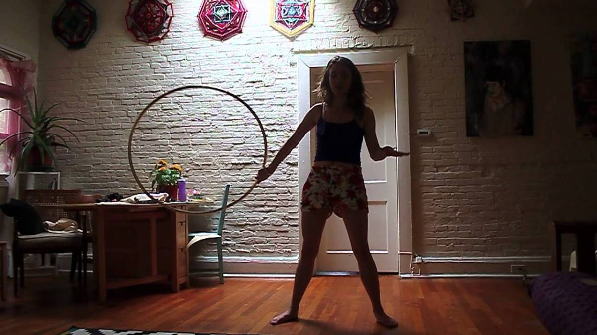 "Hula Hoop Tricks: ""Behind the Back Hoop Toss"""