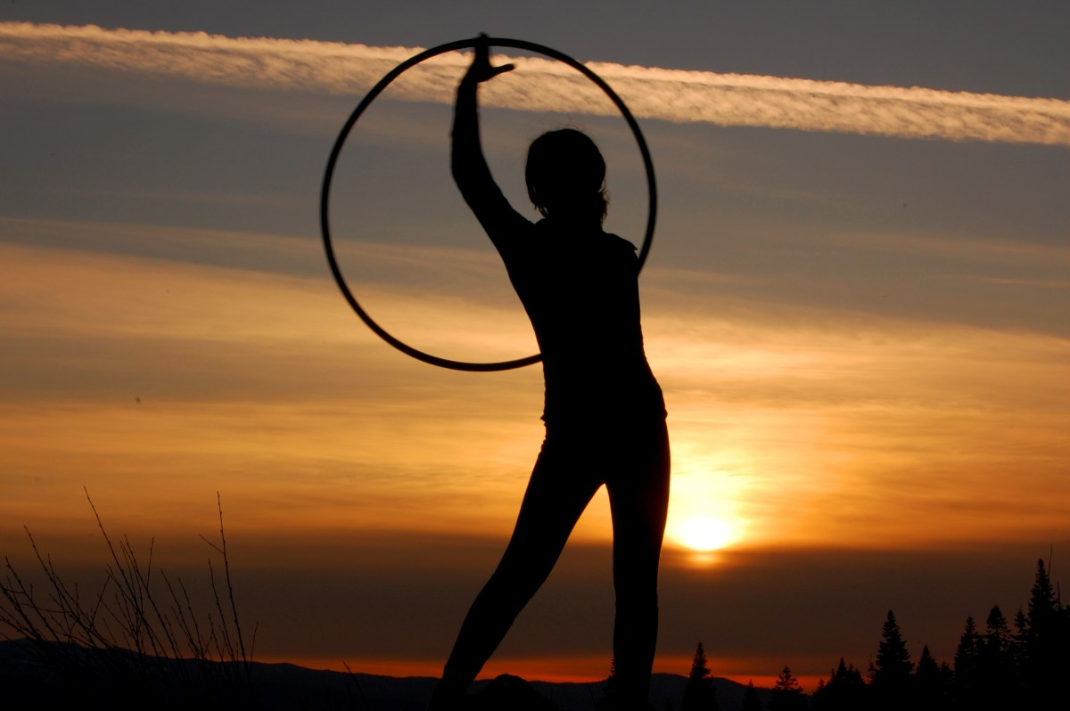 Hula Hooping vs. Hoop Dancing: What's the difference?