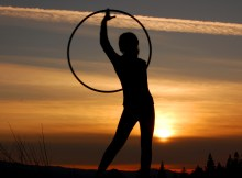 hula hooping vs hoop dancing what's the difference