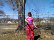 how to hula hoop with double hoops