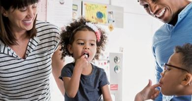 5 Simple Ways to Enjoy More Family Time - Hooray for Moms