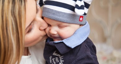 """Still Waiting... (Part 3 of 3 in the """"A Day in the Life of an IVF Patient' series) - Hooray for Moms"""
