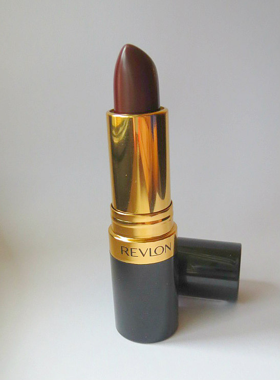 revlon-super-lustrous-lipstick-in-black-cherry-1