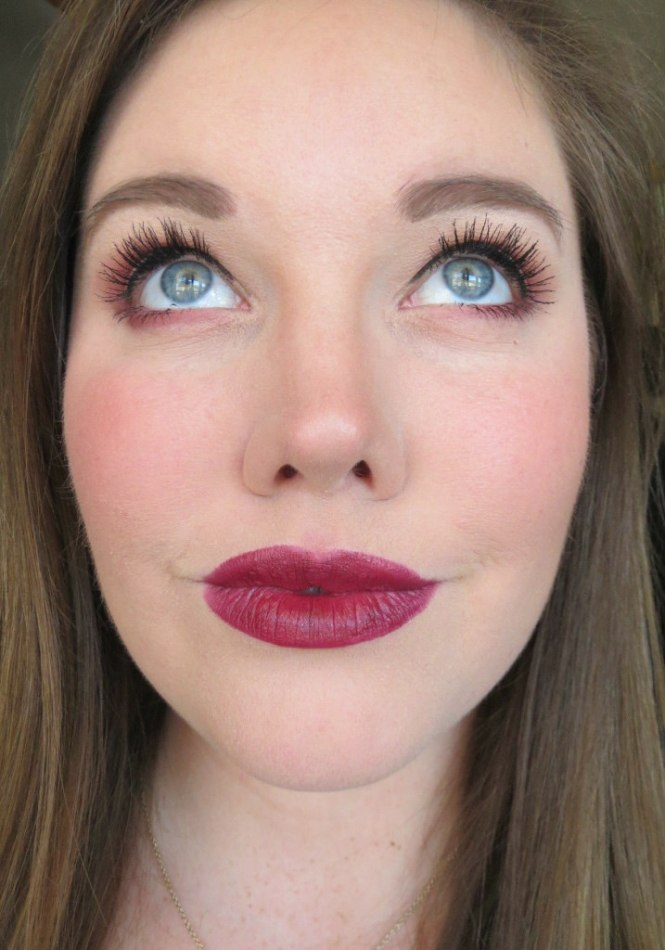 revlon-super-lustrous-lipstick-in-black-cherry-8