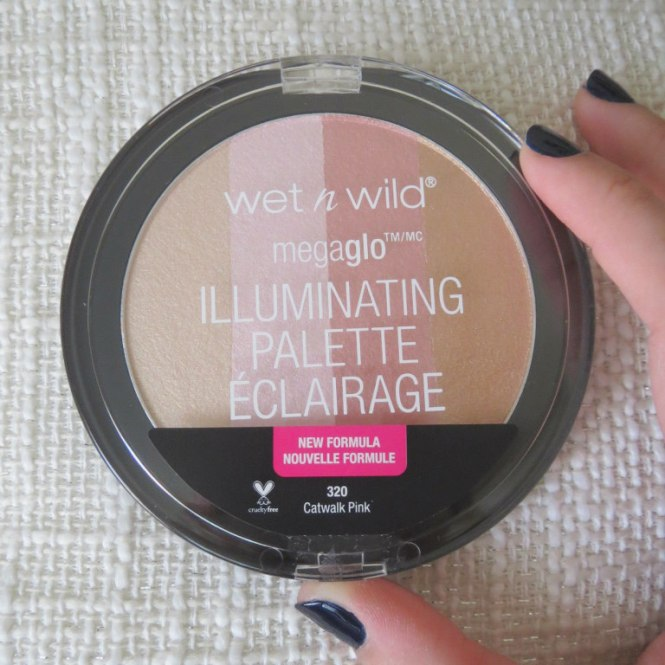 wet-n-wild-megaglo-illuminating-palette-in-catwalk-pink-1