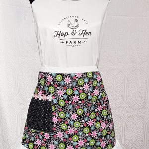 flower_smiles-half-apron