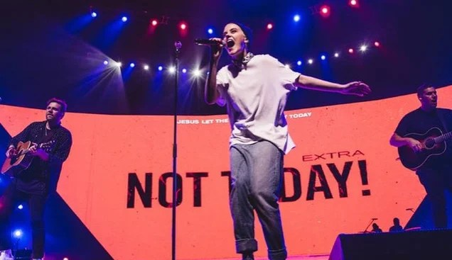 About That Buzz Cut Hillsong Uniteds Taya Smith Explains