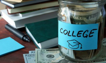 10 Tips For Cash-Flowing College