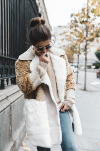 Patchwork_Coat-Faux_Fur_Coat-Asos-Mother_Jeans-Denim-Cable_Knit_Sweater-Snake_Effect_Booties-Topknot-Collage_Vintage-Street_Style-Outfit-18-790x1185