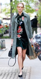 5-cute-celeb-outfits-you-can-re-create-for-way-less-1752891-1461990497.600x0c