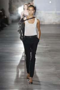 anthony-vaccarello-just-won-for-best-front-row-at-saint-laurent-1918975-1475065843-600x0c