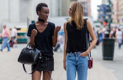 the-latest-street-style-from-new-york-fashion-week-1897823-1473521511-600x0c