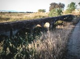Ponte acequia // Irrigation gutter, bridged