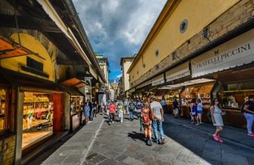 stroll-along-the-ponte-vecchio