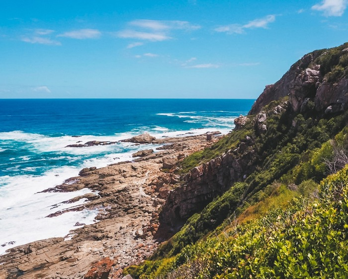 Plettenberg Bay, South Africa // Are you visiting dreamy Plettenberg Bay soon? Here are the best things to do in Plettenberg Bay, plus handy tips to help you plan the perfect Plett itinerary. Things to do / Travel tips for first visit to Plettenberg Bay / When to visit Plettenberg Bay / Plettenberg Bay accommodation / Where to eat in Plettenberg Bay #plettenbergbay #gardenroute #southafrica #traveltips #travelplanning #visitplett