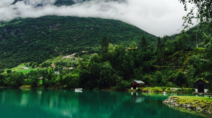 Lake Oldevatnet