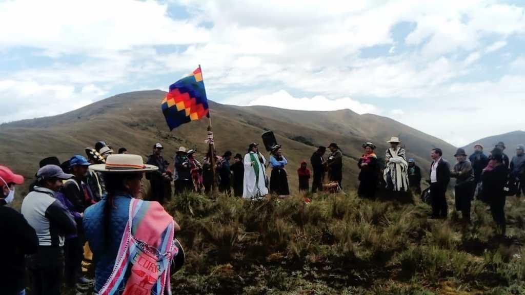 Una misa de acción de gracias se cumplió en el cerro.