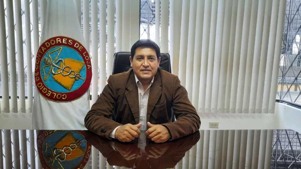 Richard Banda Poma, presidente del Colegio de Contadores de Loja.