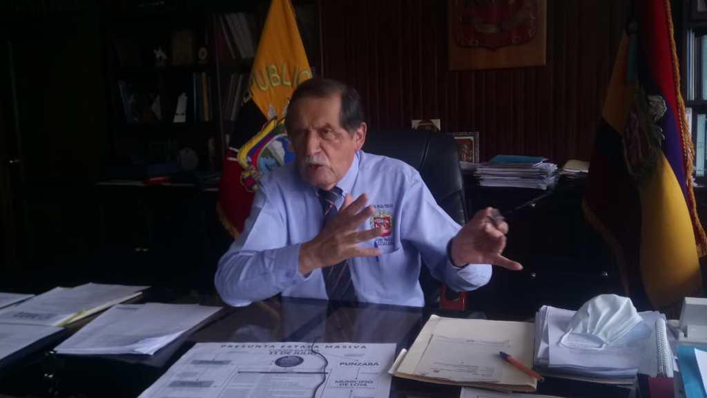 El alcalde de Loja pide paciencia a los cerca de 800 beneficiarios del plan de vivienda hasta que se solucione la situación.