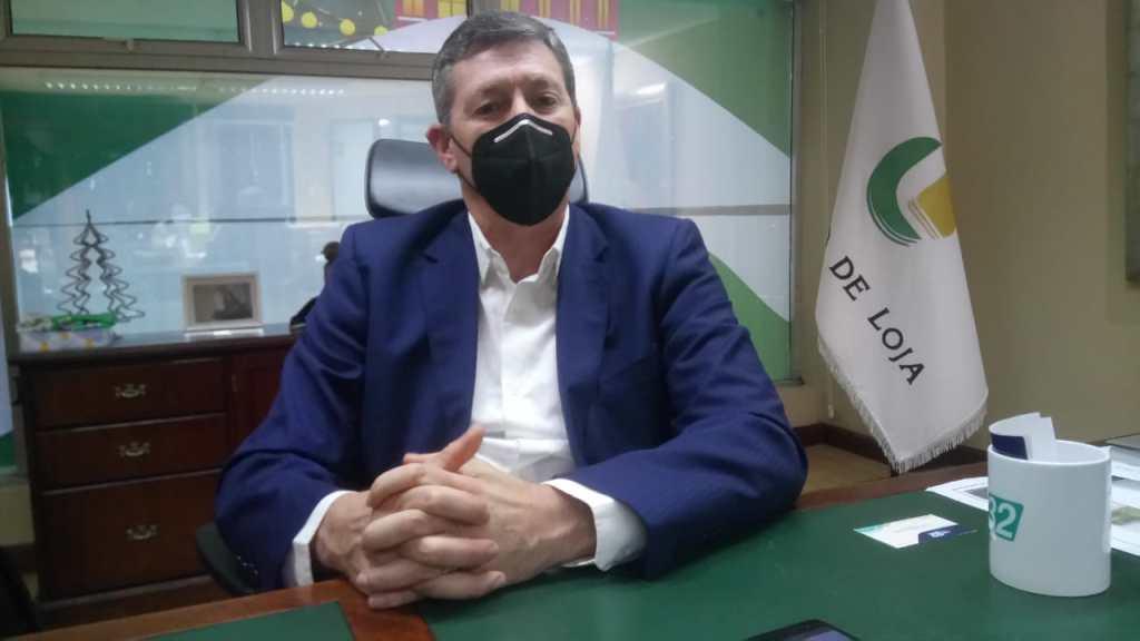 El gerente de la entidad financiera dice que es necesario demostrar que el espíritu de lucha acompaña siempre a los lojanos.